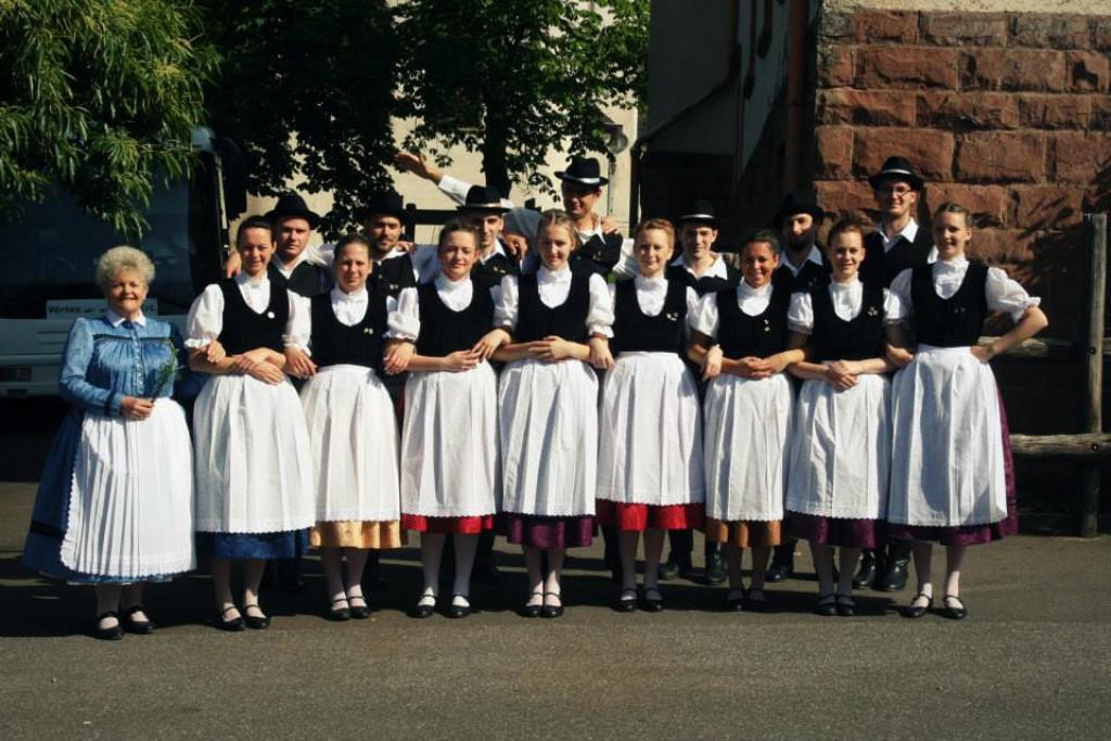 Bild von Gruppe Tanzgruppe aus Gestitz