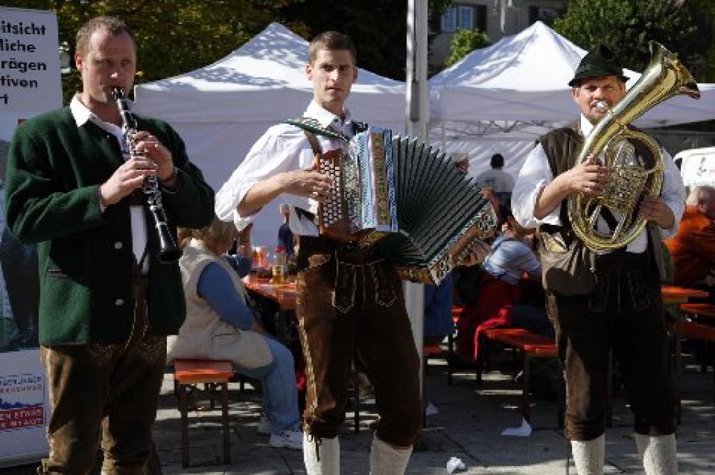 Bild von Gruppe d'Sonnbergler Volksmusikanten