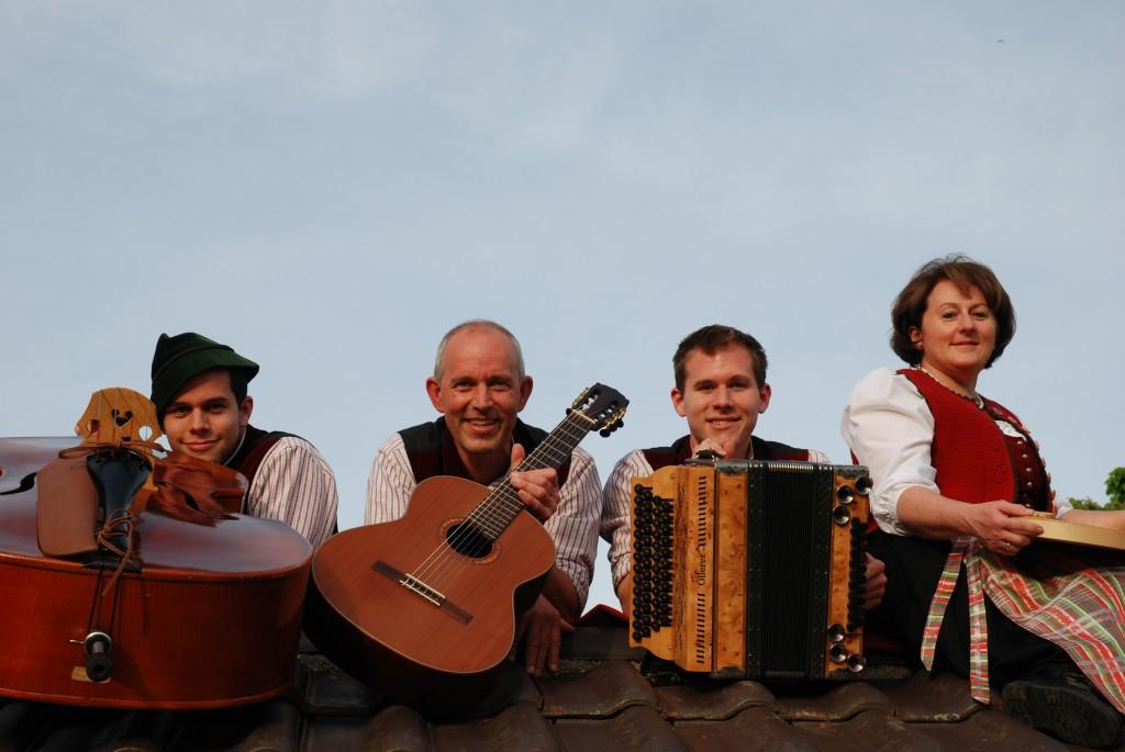 Bild von Gruppe Familienmusik-Servi