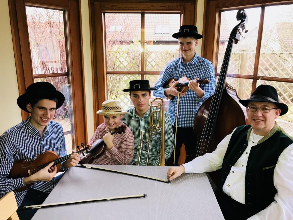 Bild von Gruppe Familienmusik Hahn