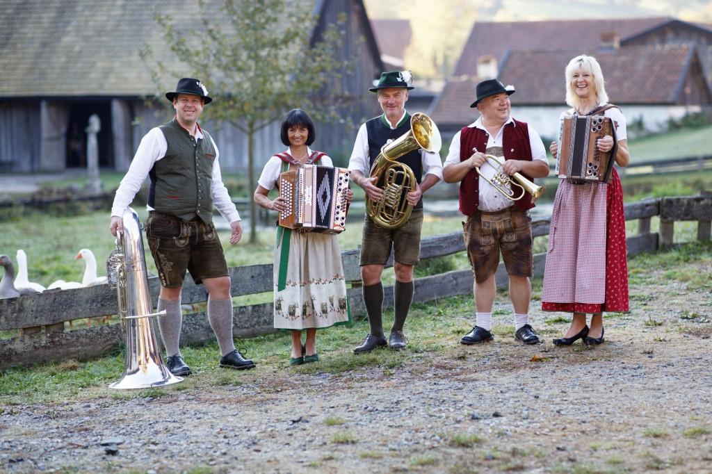 Bild von Gruppe Bründlmusikanten